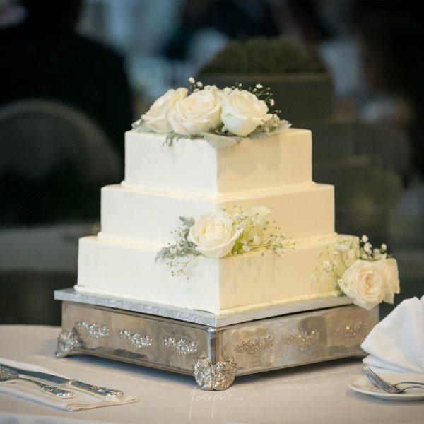 Weddings Cake at Water's Edge Resort & Spa- Westbrook CT